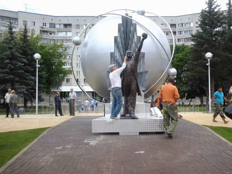 брянской обнинск новые памятники фото больших
